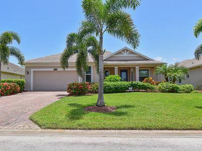 Vero Beach Single Family Home For Sale: 529 SW Valencia Circle