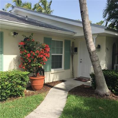 Vero Beach, Indian River Shores, Melbourne Beach, Melbourne, Sebastian, Palm Bay, Orchid Island, Micco, Indialantic, Satellite Beach Rental For Rent: 1953 Robalo Drive
