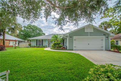 Vero Beach, Indian River Shores, Melbourne Beach, Melbourne, Sebastian, Palm Bay, Orchid Island, Micco, Indialantic, Satellite Beach Single Family Home For Sale: 104 39th Drive