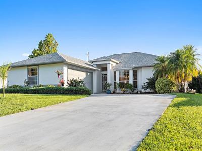 Sebastian Single Family Home For Sale: 443 Quarry Lane