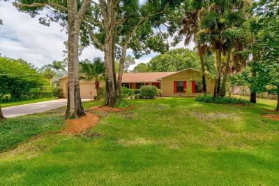 Vero Beach, Indian River Shores, Melbourne Beach, Melbourne, Sebastian, Palm Bay, Orchid Island, Micco, Indialantic, Satellite Beach Single Family Home For Sale: 4731 9th Place