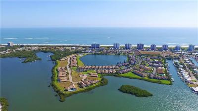 Hutchinson Island Condo/Townhouse For Sale: 3215 Lakeview Circle #12205