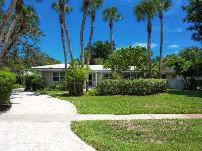 Vero Beach Single Family Home For Sale: 765 Cypress Road