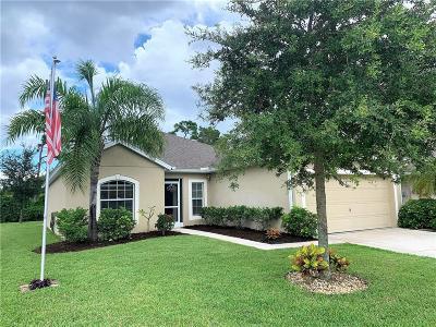 Sebastian Single Family Home For Sale: 148 Briarcliff Circle