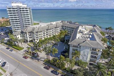 Vero Beach Condo/Townhouse For Sale: 3500 Ocean Drive #325