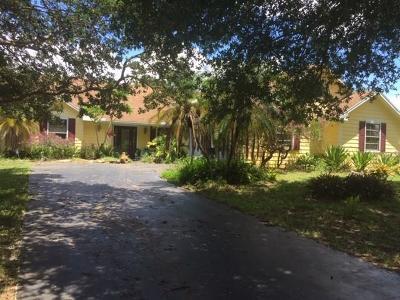 Sebastian Single Family Home For Sale: 104 Bryant Court