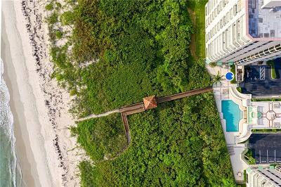 Hutchinson Island Condo/Townhouse For Sale: 4310 N Hwy A1a #802S
