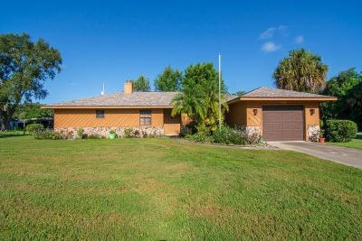 Fort Pierce Single Family Home For Sale: 4403 Areca Palm Drive