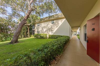 Vero Beach Condo/Townhouse For Sale: 47 Vista Gardens Trail #102