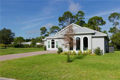 Vero Beach Single Family Home For Sale: 1630 SW 16th Court