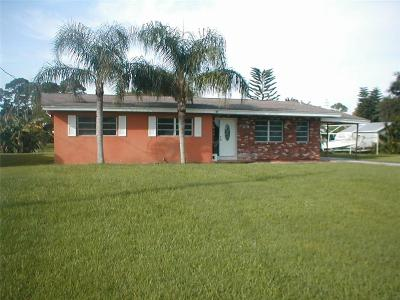 Sebastian Single Family Home For Sale: 573 Wimbrow Drive