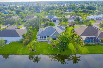 Vero Beach Single Family Home For Sale: 1055 SW Quail Court