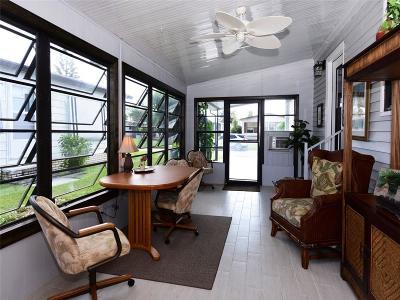 Sebastian Single Family Home For Sale: 910 Thrush Circle