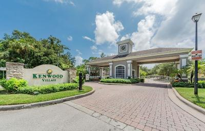 Vero Beach Single Family Home For Sale: 555 SW Kenwood Drive