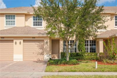 Vero Beach Single Family Home For Sale: 9986 Villa Circle