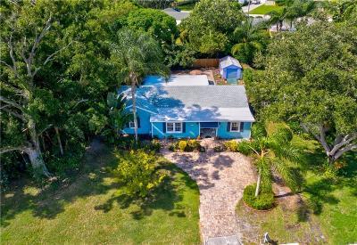Vero Beach Single Family Home For Sale: 2011 Delmar Avenue