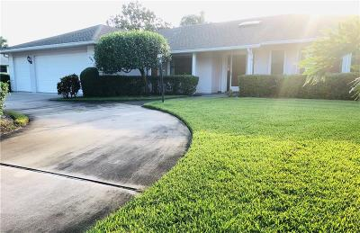 Vero Beach Single Family Home For Sale: 445 Forest Trail