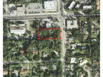 South Miami Single Family Home Active-Available: 5620 Southwest 67 Av