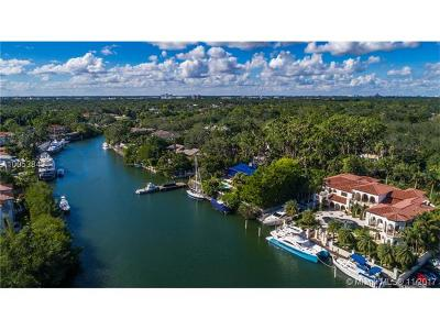 Coral Gables Single Family Home For Sale: 150 Edgewater Dr