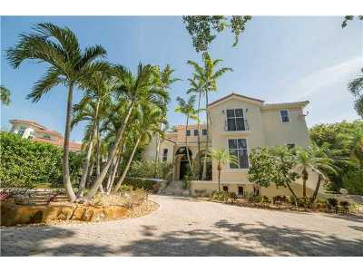 Coral Gables Single Family Home For Sale: 130 Rosales Ct