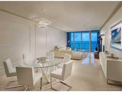 Sunny Isles Beach Condo For Sale: 17121 Collins Av #1604