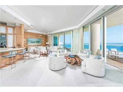Turnberry, Turnberry Ocean, Turnberry Ocean Colony Condo Active-Available: 16047 Collins Ave #PH3404