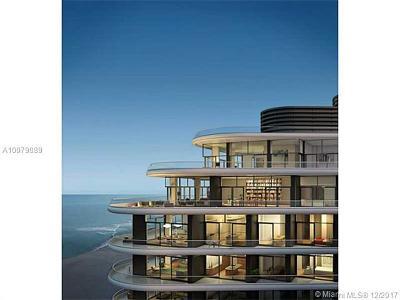 Miami Beach Condo For Sale: 3315 Collins Ave #7C