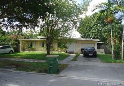 North Miami Single Family Home Active-Available: 12630 Ixora Rd