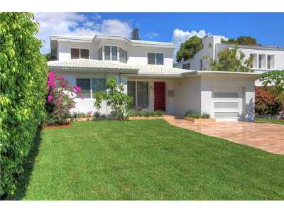 Miami Beach Single Family Home For Sale: 3156 Royal Palm Ave