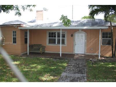 Miami FL Single Family Home For Sale: $339,900