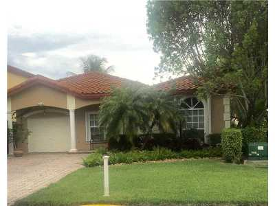 Doral Single Family Home For Sale: 4798 NW 104th Ave