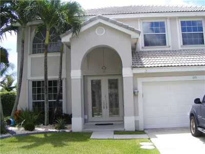 Pembroke Pines Single Family Home For Sale: 895 SW 172nd Ter