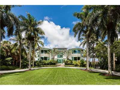 Coral Gables Single Family Home For Sale: 20 Tahiti Beach Island Rd