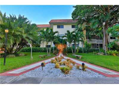 Key Biscayne Condo Active-Available: 200 Galen Dr #105