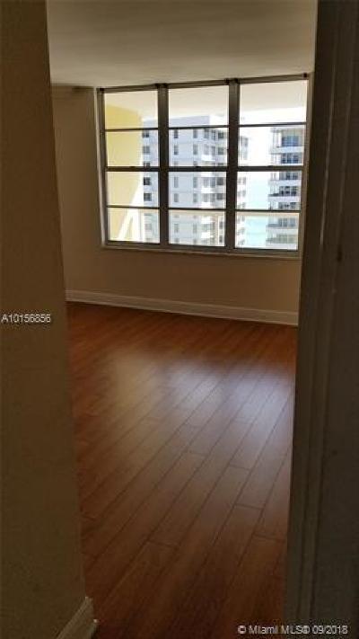 Miami Beach Condo For Sale: 5600 Collins Ave #15A