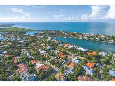 Key Biscayne Single Family Home Active-Available: 700 Myrtlewood Ln