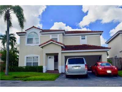 Doral Single Family Home Active-Available: 5556 Northwest 102nd Ct