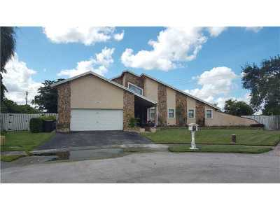 Sunrise Single Family Home Active-Available: 4845 Northwest 97th Ter