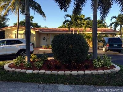 Fort Lauderdale Single Family Home For Sale: 1621 NE 59th Pl