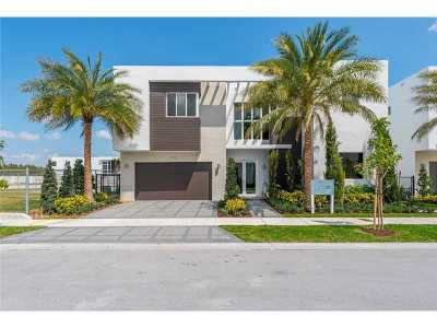 Doral Single Family Home For Sale: 7476 NW 99 Ct.