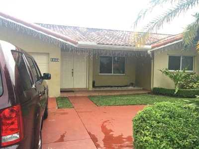 Single Family Home Backup Contract-Call La: 13355 Southwest 40th St
