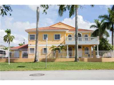 Doral Single Family Home For Sale: 2535 NW 99th Ave