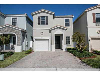 Miami Single Family Home For Sale: 669 NE 191st St