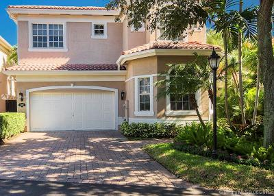 Sunny Isles Beach Single Family Home For Sale: 19433 38 Ct