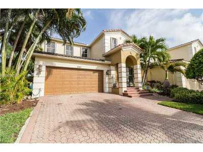 Aventura Single Family Home Active-Available: 3217 Northeast 212th St