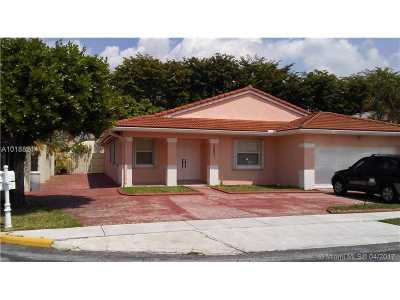 Single Family Home Active-Available: 15921 Southwest 64 Ter