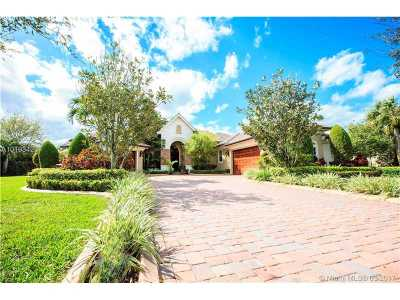 Davie Single Family Home Active-Available: 14410 Jockey Circle N