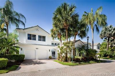 Aventura Estates Single Family Home Active-Available: 20016 Northeast 36th Pl