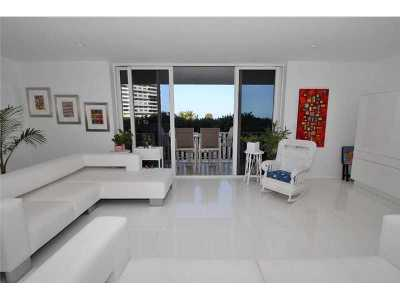 Key Biscayne Condo Active-Available: 200 Ocean Lane Dr #307