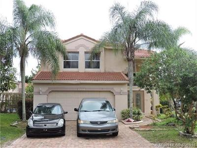 Coral Springs Single Family Home For Sale: 11046 NW 34th Mnr
